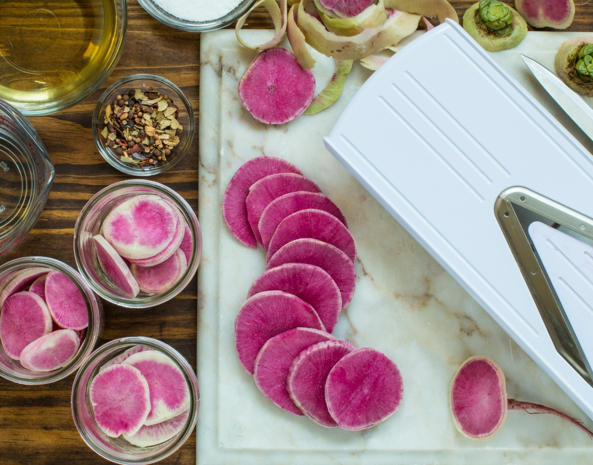 Cold Pickled Radishes