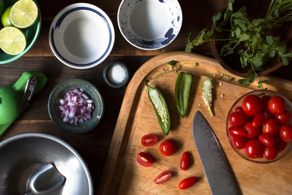 organic-cherry-tomato-pico-de-gallo-0837