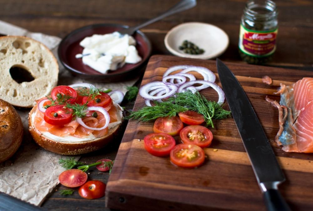 atlantic-salmon-gravlax-bagels-neufchatel-and-dill-3170-5