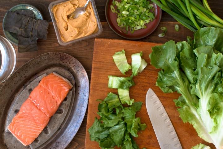 miz-for-escarole-and-scallions-in-white-miso-dashi-with-salmon-4122-2