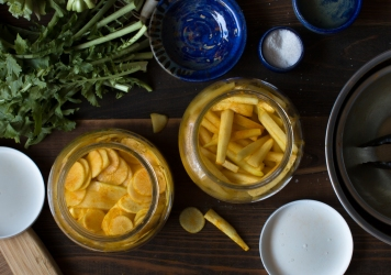 miz-for-takuan-style-pickled-daikon-radish-with-turmeric-6390-2