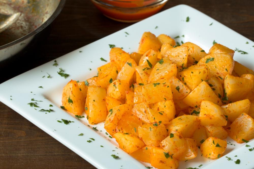 sweet-pepper-glazed-white-turnips-lr-6866